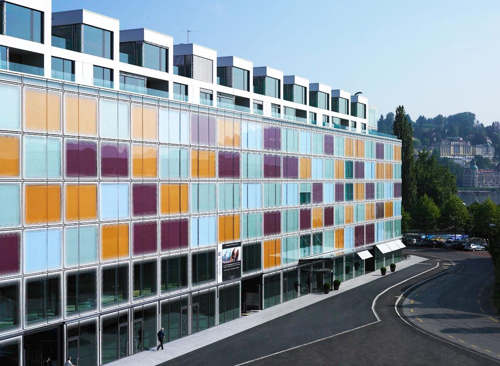alt - Швейцария, B.H.M.S. Business and Hotel Management School, Бакалавриат,Магистратура,Языковые курсы для школьников, 9